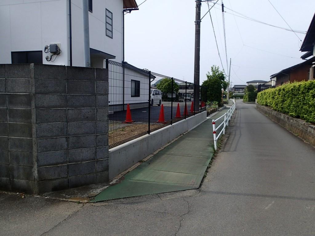寺院駐車場