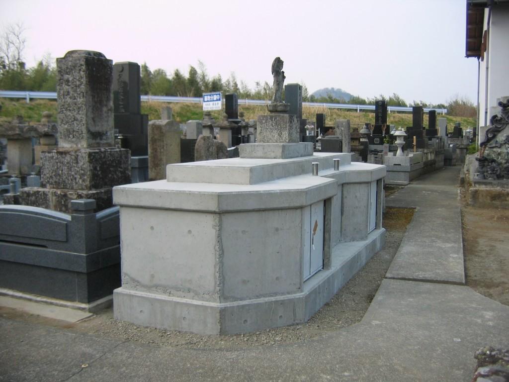 寺院供養塔 (1)
